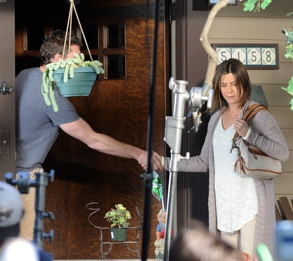 Jennifer Aniston wore no makeup filming Cake and felt it was fabulous, dreamy, empowering and liberating