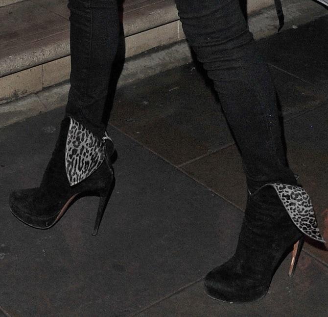 Kate Moss rocks leopard-print wingtip boots
