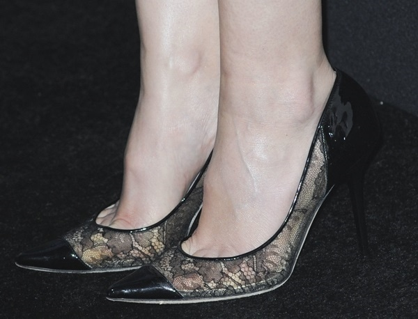 "Leighton Meester rocking lacy Jimmy Choo ""Award"" pumps"