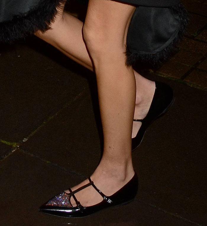 Alexa-Chung-Tabitha-Simmons-Embellished-Ballet-Flats-1