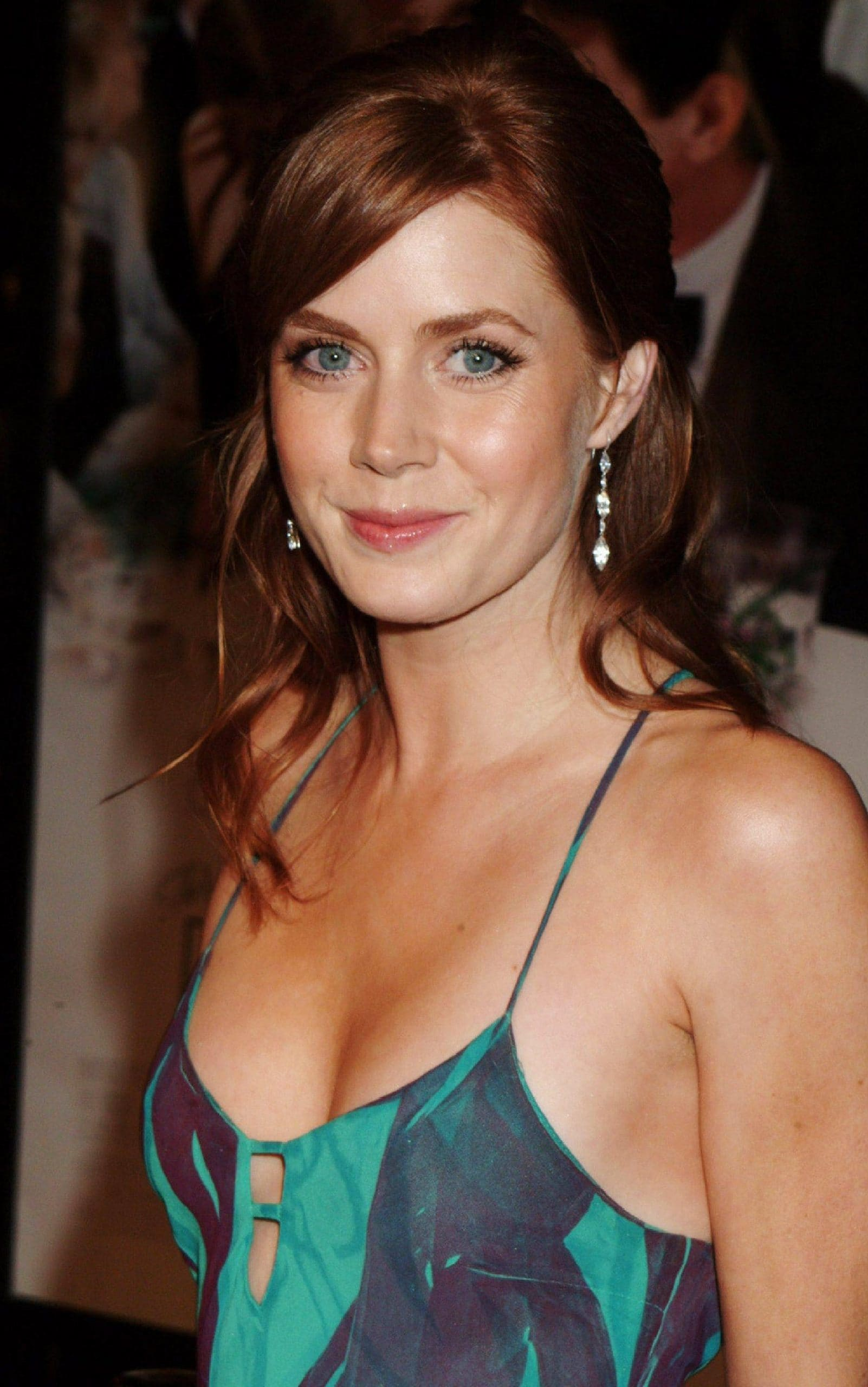 Amy Adams does not believe in boob tape to stay safe from nip-slips