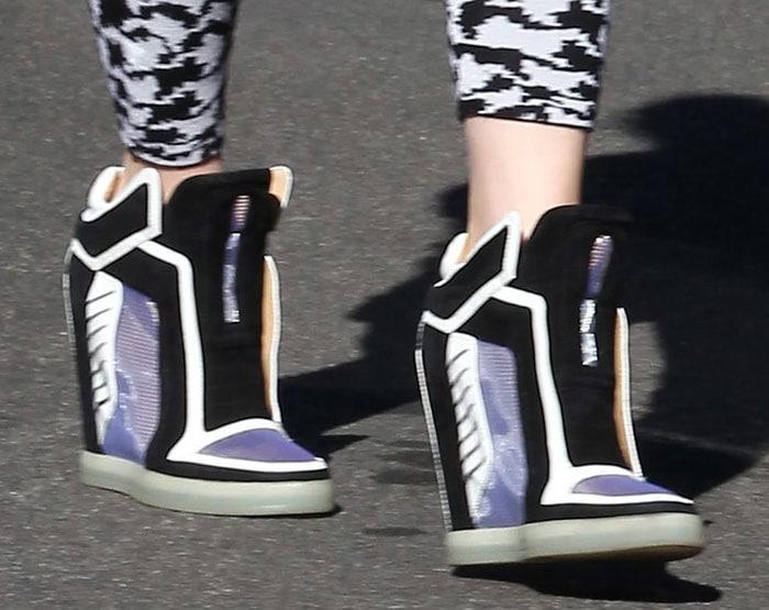 Gwen-Stefani-LAMB-Wedge-Sneakers-1
