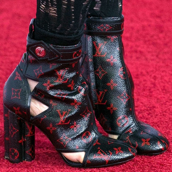 Julianne Moore wearing ugly Louis Vuitton boots