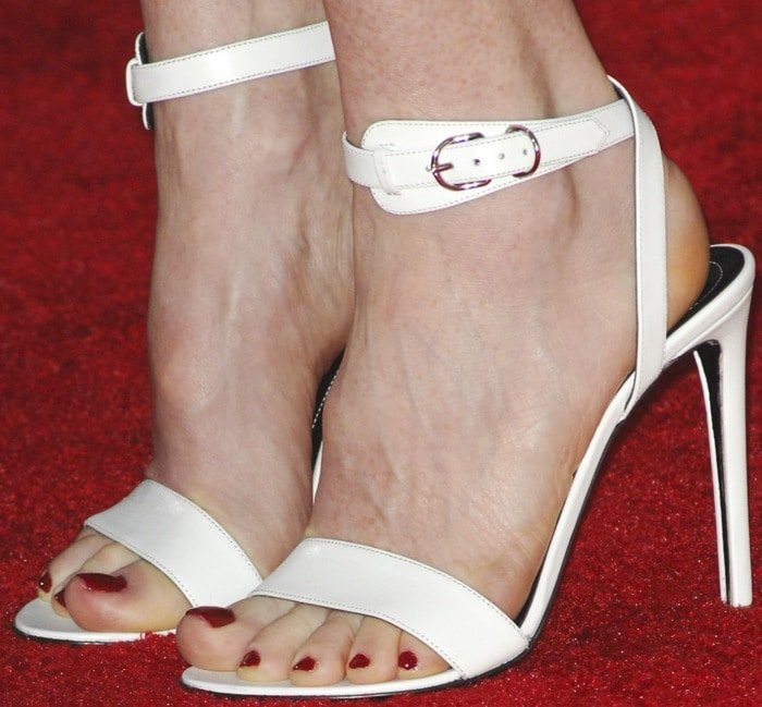 Julianne Moore shows off her sexy feet in white ankle-strap sandals