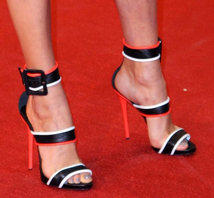 Karolina Kurkova's feet in Giuseppe Zanotti heels