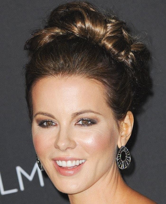 Kate Beckinsale'sJack Vartanian diamond earrings