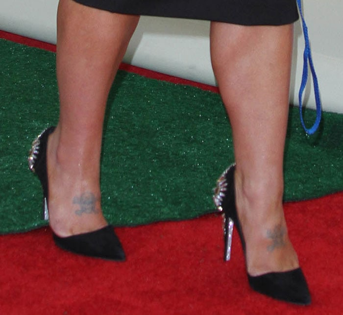 Kelly Osbourne's Rene Caovilla shoes boast glittered lining and signature glittered soles