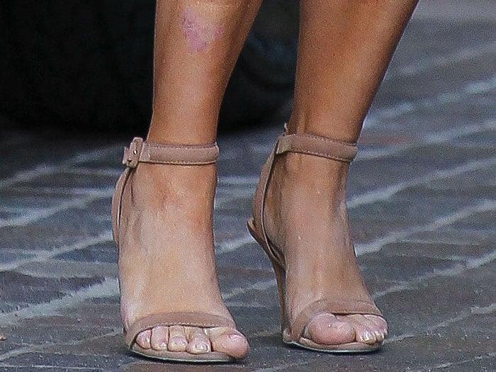 "Kim Kardashian's feet in beige Alexander Wang ""Antonia"" sandals"