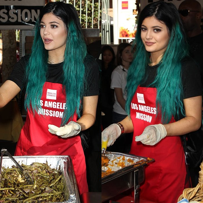 Kylie Jenner serving food at the Los Angeles Mission's annually held Thanksgiving dinner for people in need