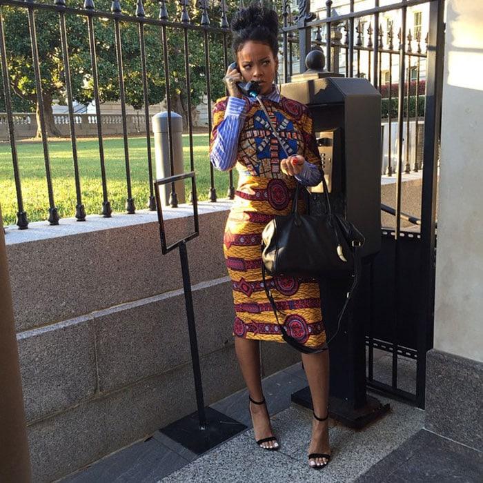 Rihannachannels her inner Olivia Pope ina striking African-inspired look