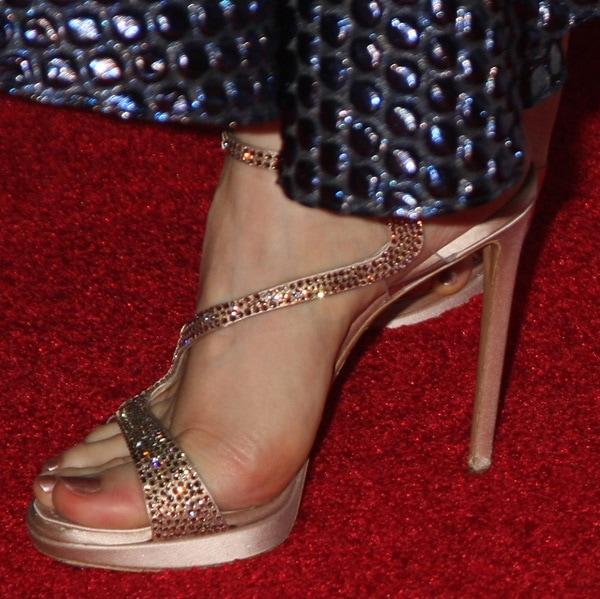 jessica chastain afi 2014 shoe