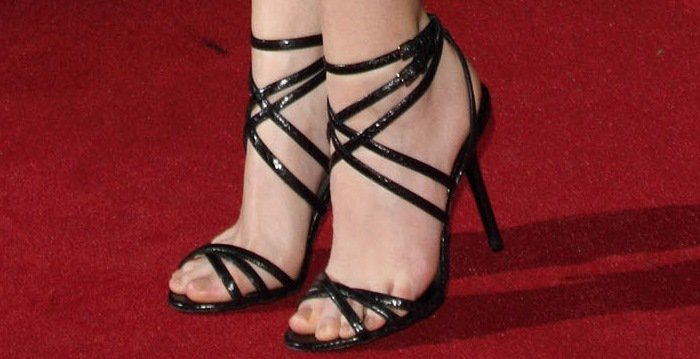 Anna Kendrick shows off her feet in black sandals