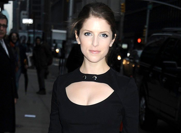 Anna Kendrick wears a cutout dress outside theLate Show with David Letterman studio