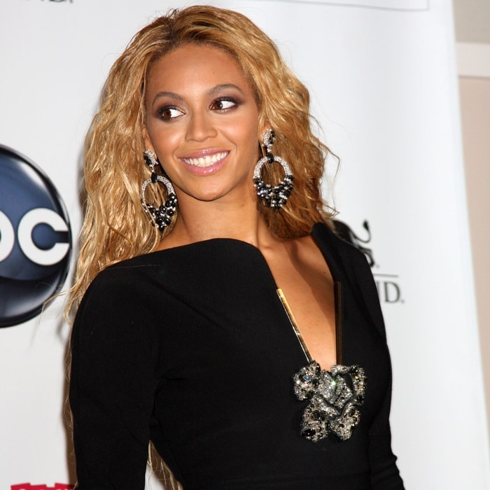 Beyonce's statement-making hoops from Lorraine Schwartz