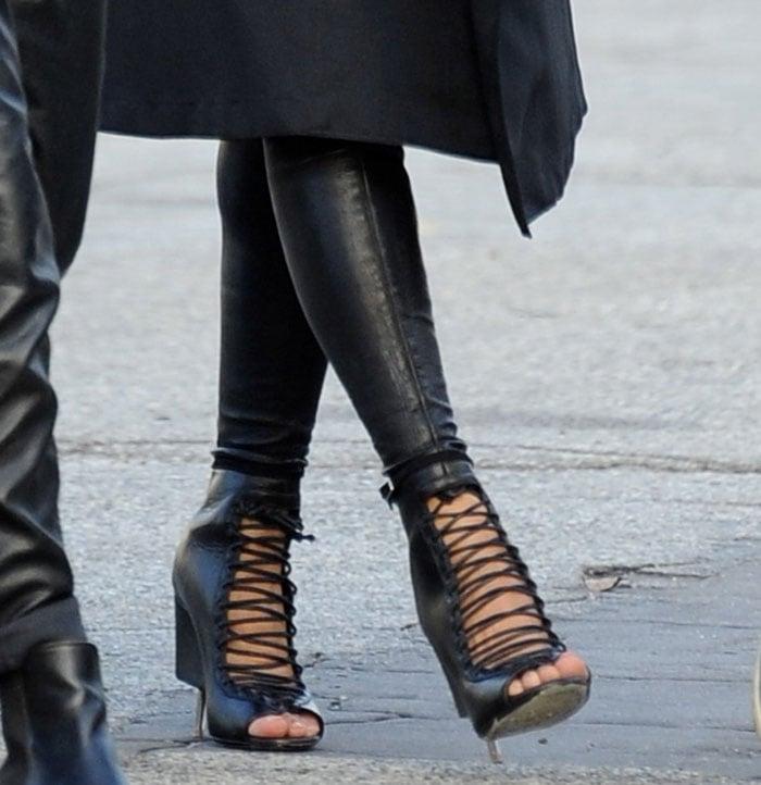 Ciara rocksbondage boots withlace-up vamps