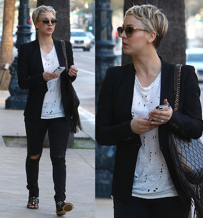Kaley Cuoco rocks ripped skinny black jeans by Rag & Bone