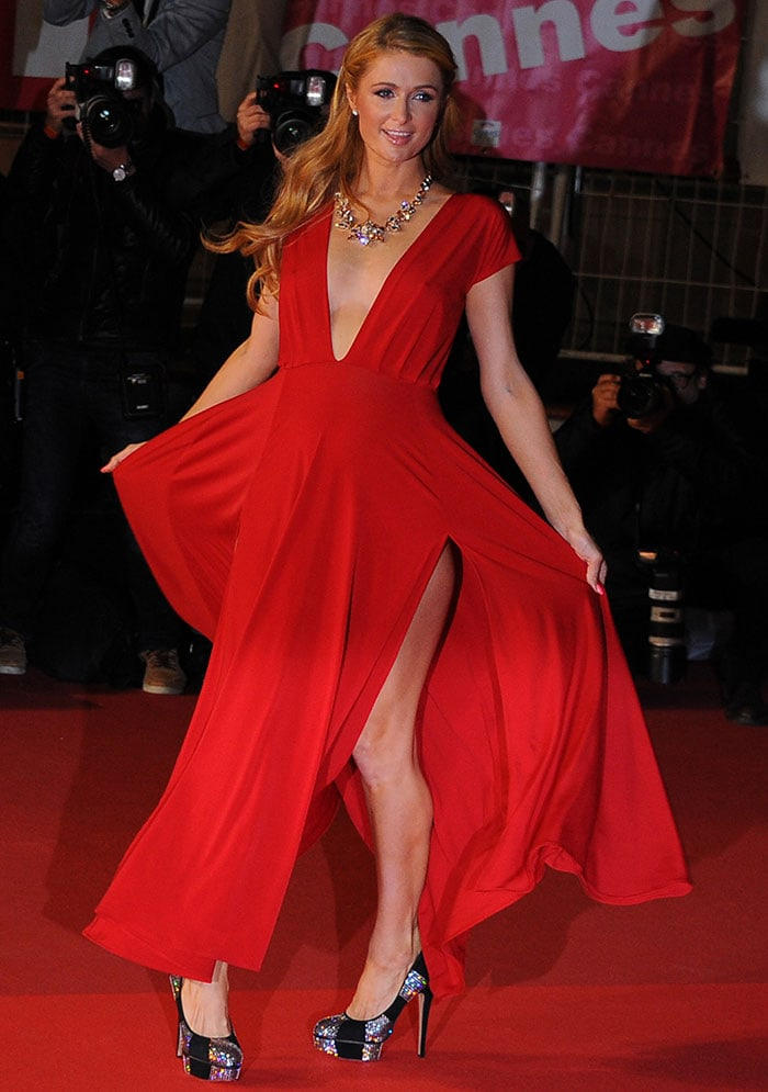 Paris Hilton Stuns In A 350 Red Dress And Charlotte Olympia Pumps