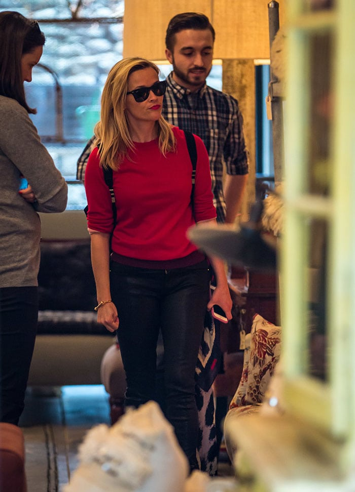 Reese Witherspoon shopping in New York City on December 1, 2014