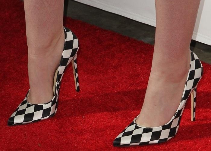 Iggy Azalea's perfect feet inDaphne Bis pumps