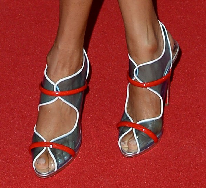 Alesha Dixon shows off her sexy toes on the red carpet