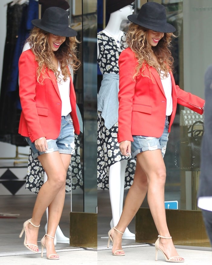 Beyonce leaving Alice & Olivia store in West Hollywood