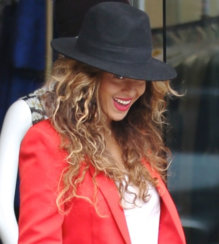 Beyonce leaving the Alice + Olivia store in West Hollywood