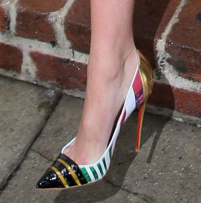 Gigi Hadid's hot feet in Christian Louboutin Bandy pumps
