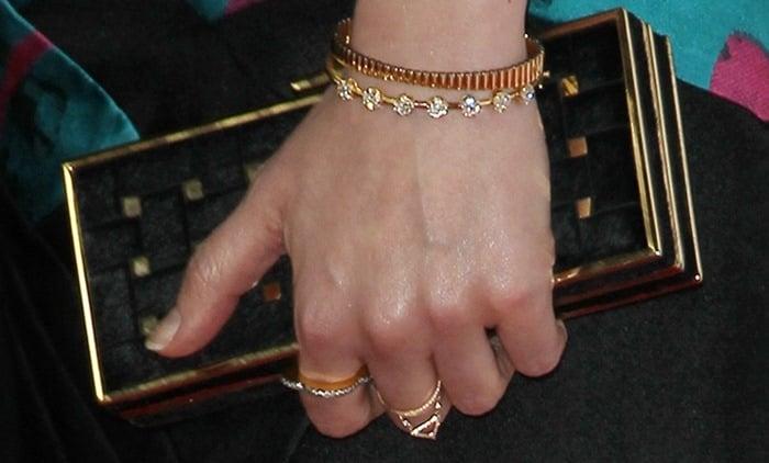 Gillian Jacobs totinga gorgeous Rodo clutch