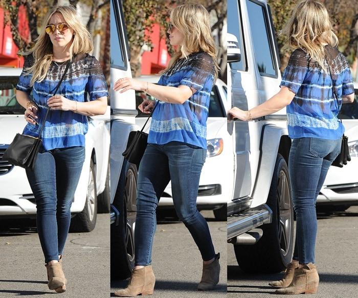 Hilary Duff Dark Wash Skinny Jeans