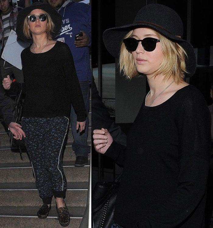 Jennifer-Lawrence-arriving-at-LAX