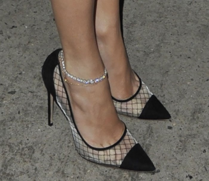 Jennifer-Lopez-Kurt-Geiger-Sharkie-Pumps