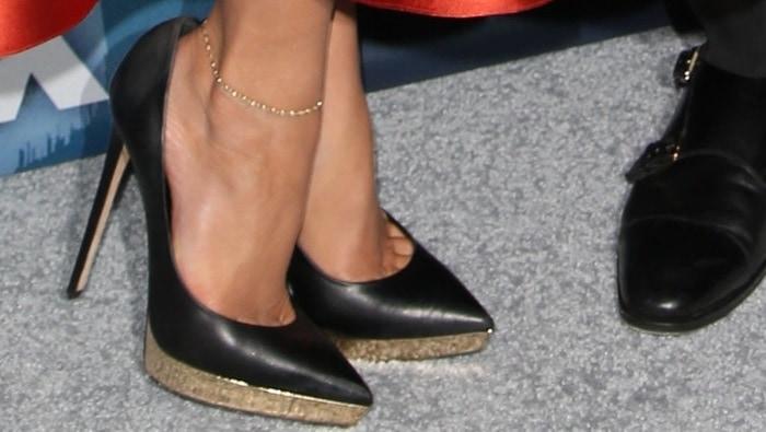 Jennifer Lopez's feet in Charlotte Olympia platform pumps