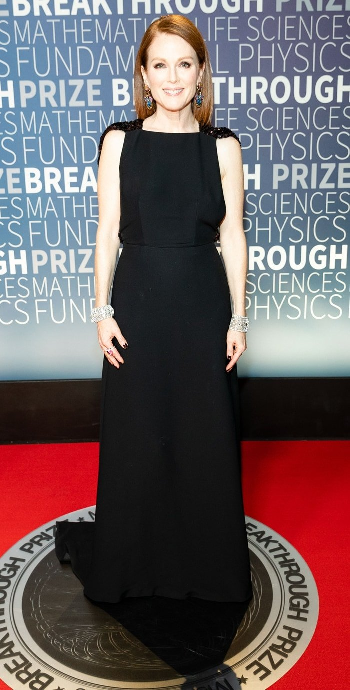 Julianne Moore in a black gown on the red carpet at the 2019 Breakthrough Prize event
