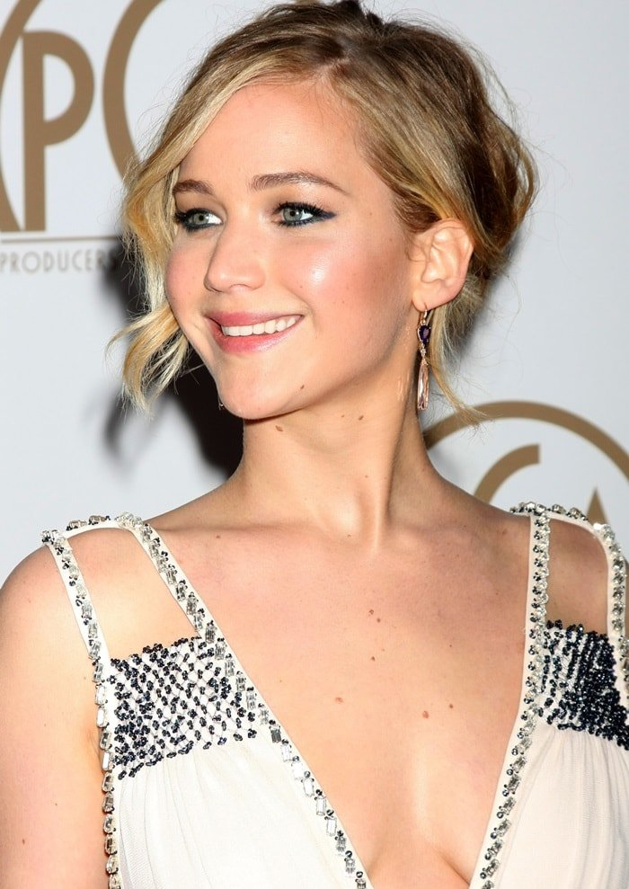 jennifer lawrence pga awards