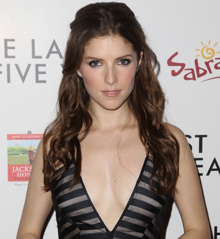 Anna Kendrick's lovely hair and makeup