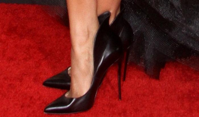 "Ciara's hot feet in Christian Louboutin ""Mea Culpa"" suede pumps"