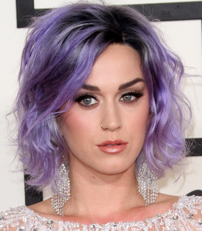 Katy Perry with purple hair on the red carpet at the 2015 Grammy Awards