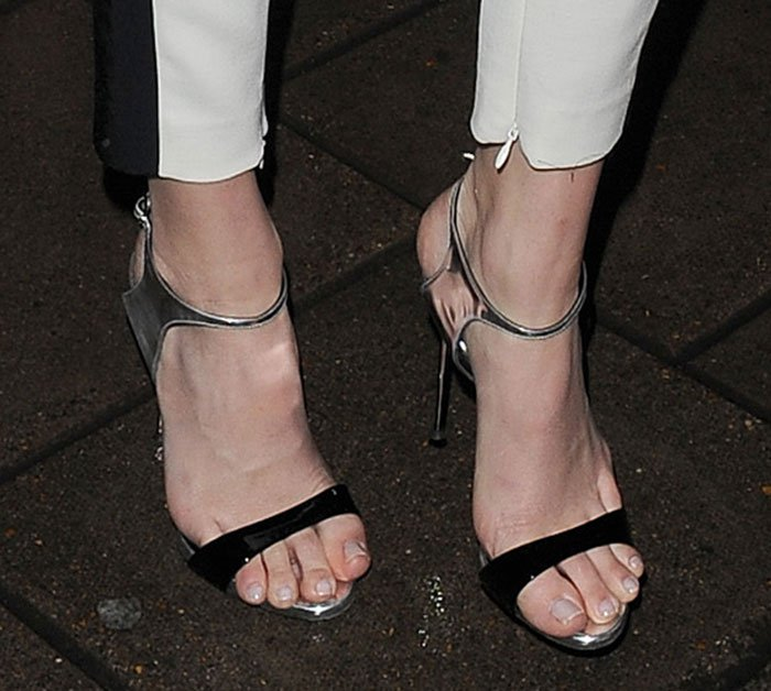 Kendall Jenner's claw toes in Giuseppe Zanotti sandals