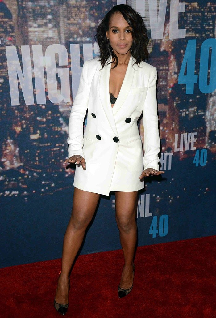Kerry Washington paraded her endless legs at Saturday Night Live's 40th anniversary special