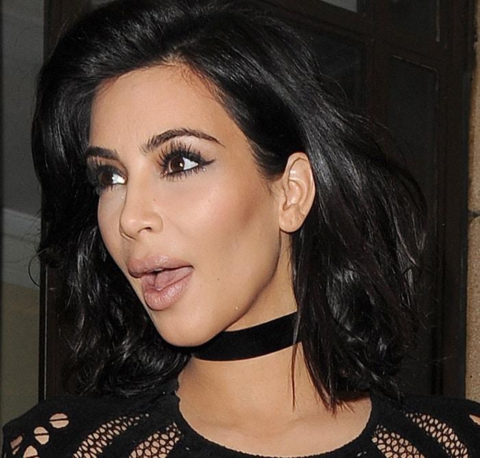 Kim Kardashian wearing achoker by Lucien Campbell London