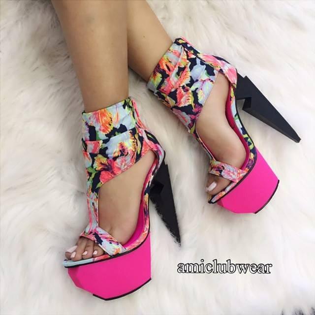 cdf548e51161 11 New Amiclubwear Booties