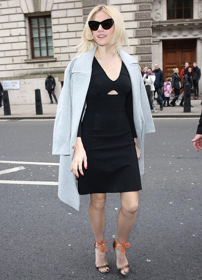 Pixie-Lott-London-Fashion-Week-2015-ISSA