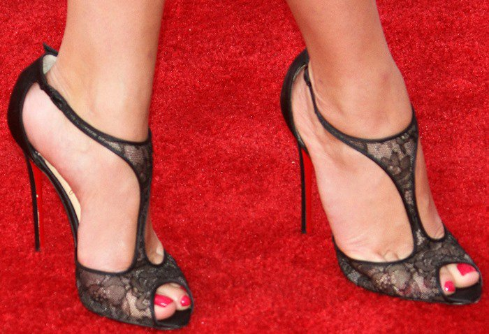 Reese Witherspoon's feet inChristian Louboutin Tiny sandals