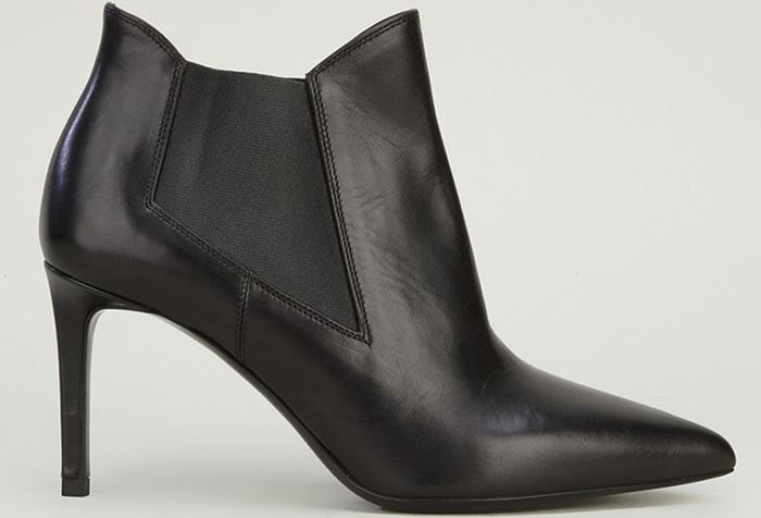 Saint-Laurent-Classic-Paris-80-chelsea-ankle-boots-1