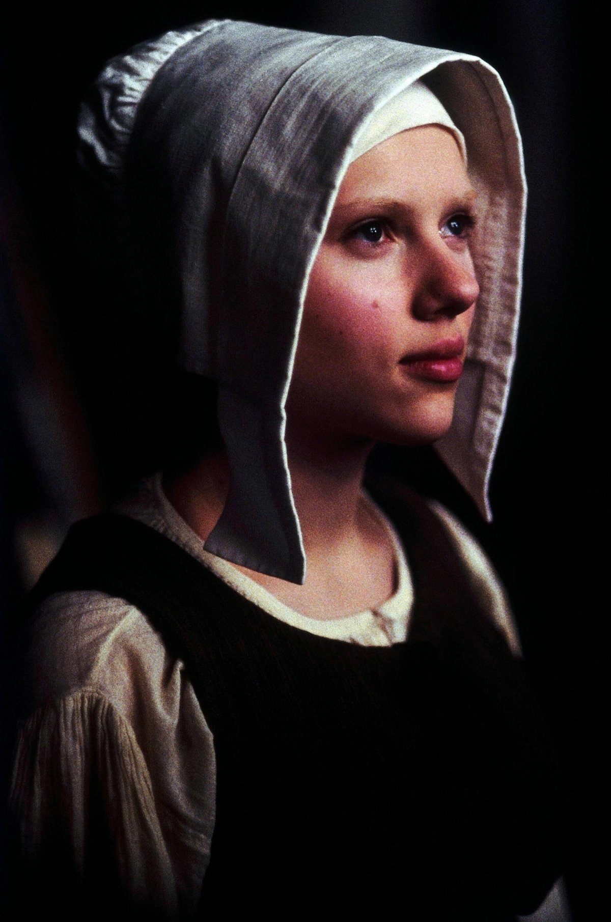Scarlett Johansson was only 17 when she was cast in the role of Griet in the 2003 drama film Girl with a Pearl Earring