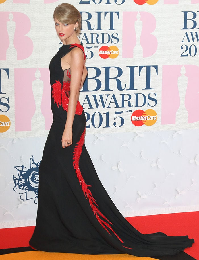 Taylor Swift's black dress with red dragon embroidery
