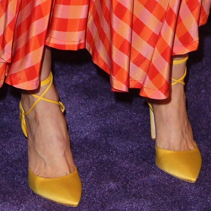 Alison Brie's toe cleavage in Olgana Paris shoes