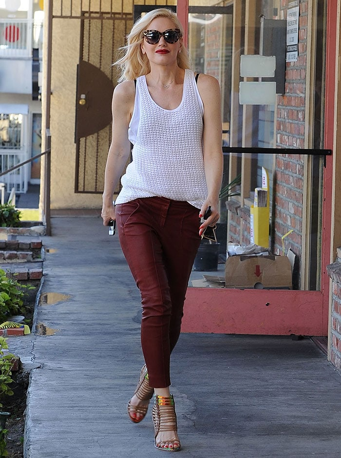 Gwen-Stefani-white-tank-top-and-red-leather-pants
