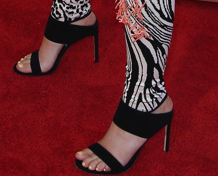Iggy Azalea's hot feet in towering stiletto heels