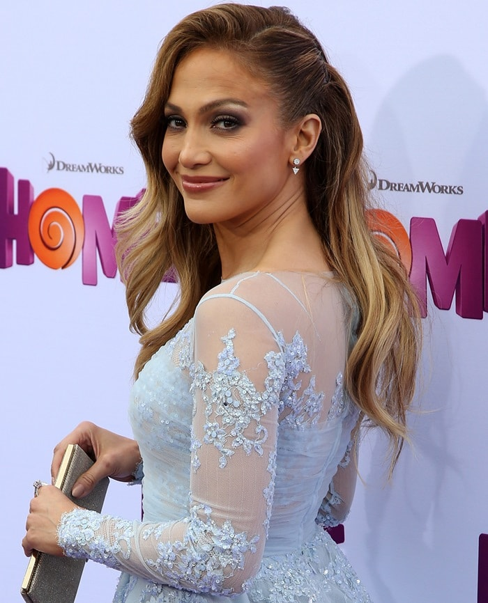 Jennifer Lopez donned a dreamy mini dress from the 2015 Zuhair Murad Autumn/Winter collection